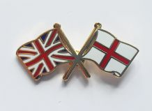 UNION JACK & ST GEORGE - FLAG FRIENDSHIP BADGE (T881)